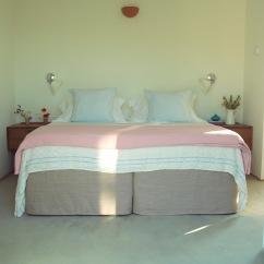 Kamaroti Suites