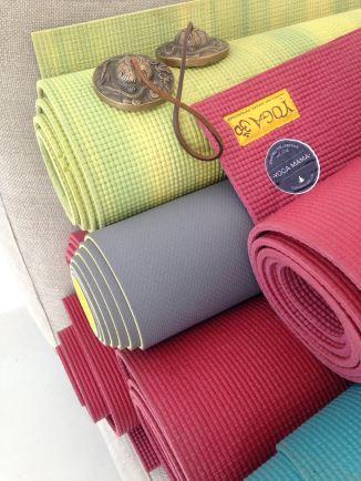 Yoga material at the Finca